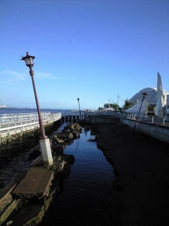 Meriken Park: 震災の爪痕の残るメリケン波止場