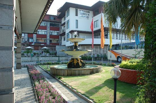 Hotel Annapurna: RECEPTION ARENA