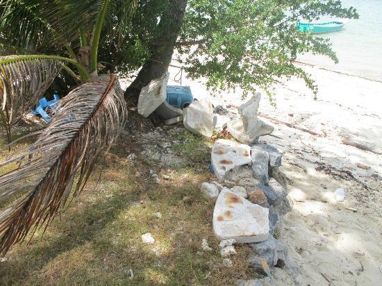 Blue Marine Resort: Garden furniture