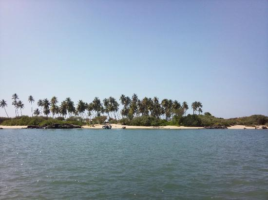 Mangalore To St Mary Island Distance