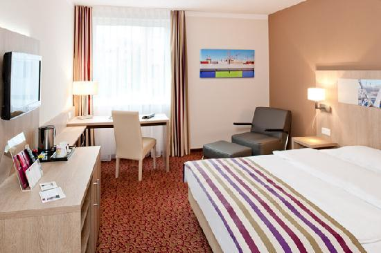 Hotelzimmer ****MERCURE Hotel Hamburg am Volkspark