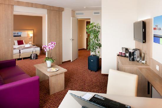 PRIVILEG Zimmer ****MERCURE Hotel Hamburg am Volkspark