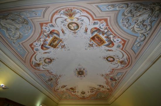 Antico Hotel del Pomarancio: Affreschi