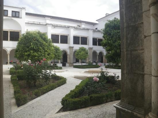 Pousada Convento de Vila Viçosa: garden