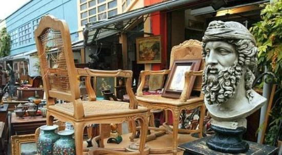 Paris Flea Market - we help you find your way in - Picture of Marche ...
