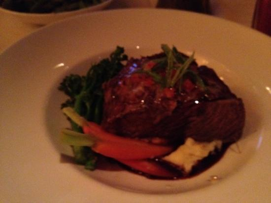 Roy's - Plano: braised short rib.