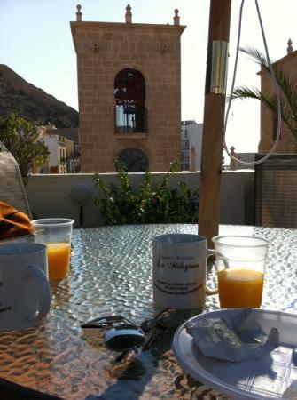 La Milagrosa Bed & Breakfast: colazione in terrazza