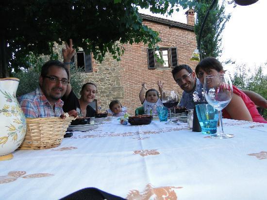 Casale Il Caggio: a tavola si mangia!!!