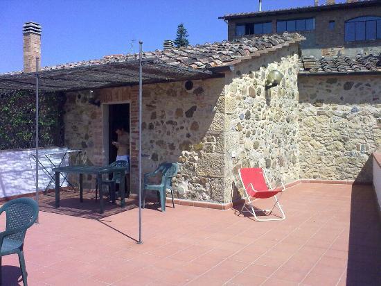 Campopalazzi Residenz: terrazzo roseto