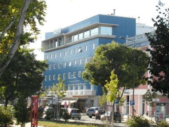 Luna Esperança Centro: La facciata dell'Hotel