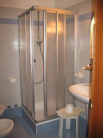 Hotel Garni Villanova: il bagno