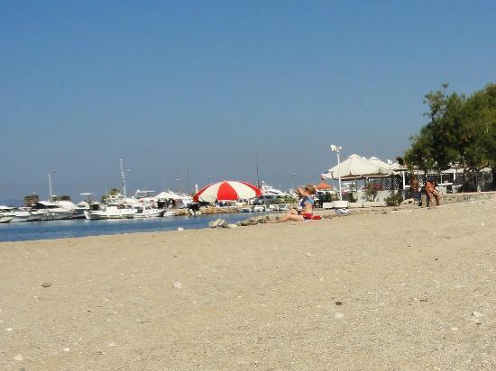 Glyfada Beach : Glyfada Public Beach