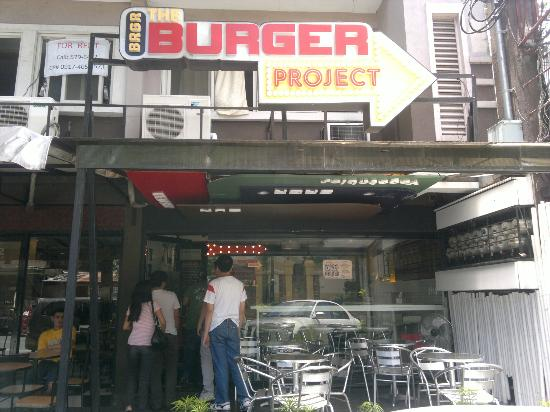 Burger Project: Outside
