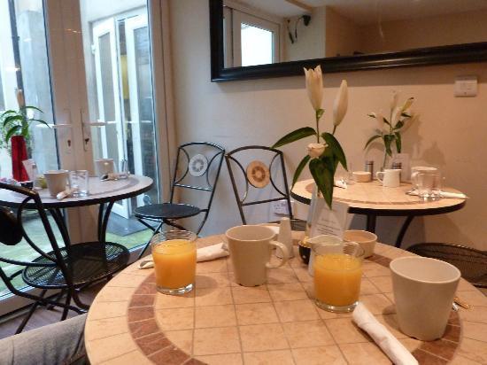 Grand Pier Guest House: Frühstücksraum