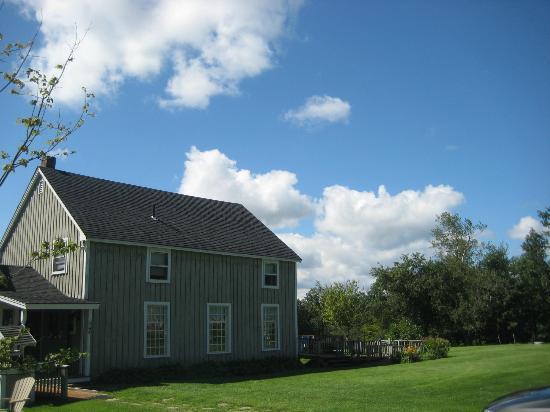 Shearer Hill Farm B&B: The main house