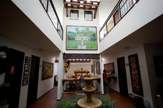 Hotel Boutique San Antonio: Main atrium
