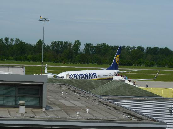B&B Hotel Baden-Airpark : From the window 2