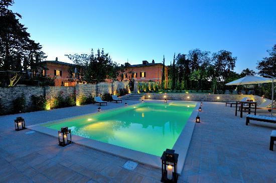 Villa Forasiepi : piscina