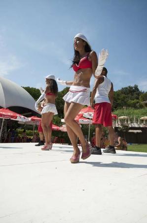Parco acquatico Le Caravelle : cast artistico 2012! una bomba!