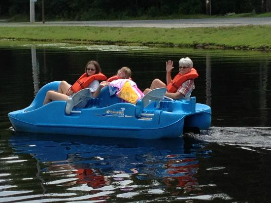 Yogi Bear's Jellystone Park at Birchwood Acres: Paddle boats for rent