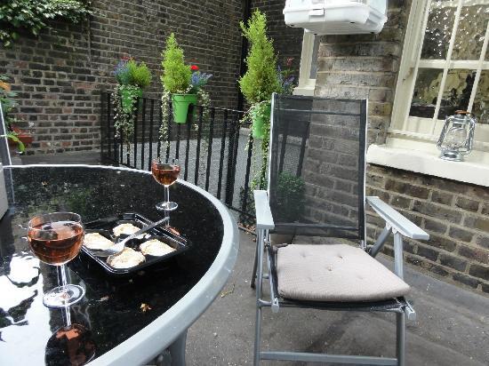 Arosfa Hotel: Garden