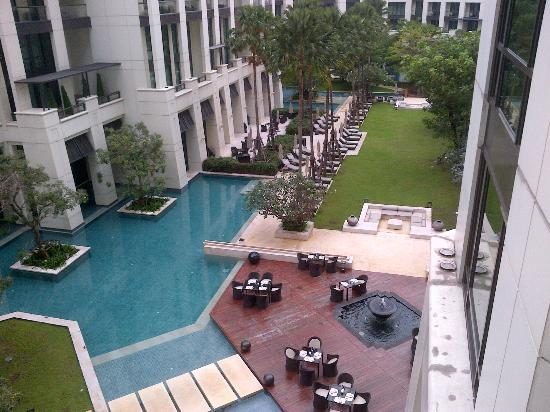 Siam Kempinski Hotel Bangkok: View from balcony