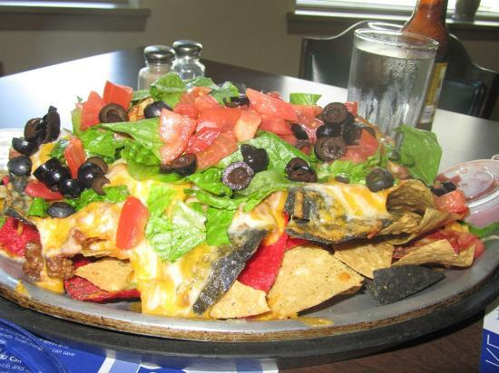 AmericInn Lodge & Suites Silver City: The Natchos - Enough for a party & very good!