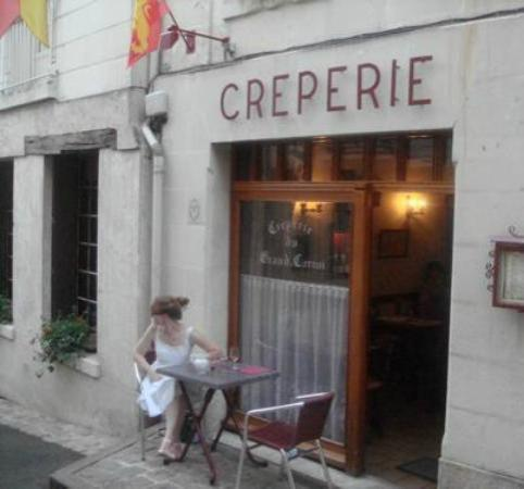 Creperie du Grand Carroi : August, 2012: dinner at outdoor table