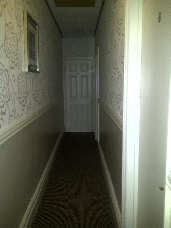 Manchester House: hallway on 1st floor