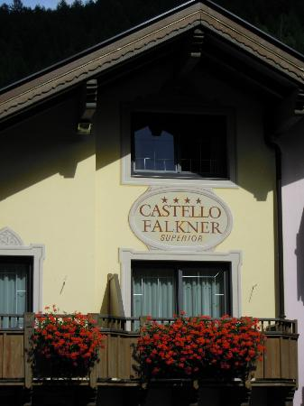 Hotel Castello Falkner: stemma