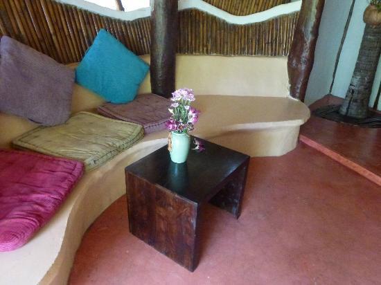 B52 Beach Resort : patio villa
