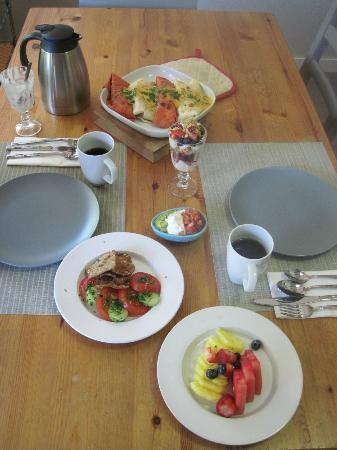 At Wit's End Bed and Breakfast: Great breakfasts!