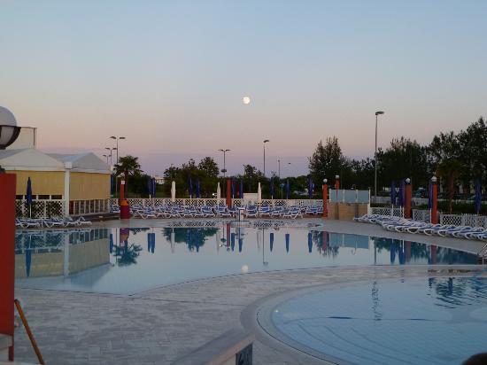 Hotel Olympus: Piscine e idromassaggio