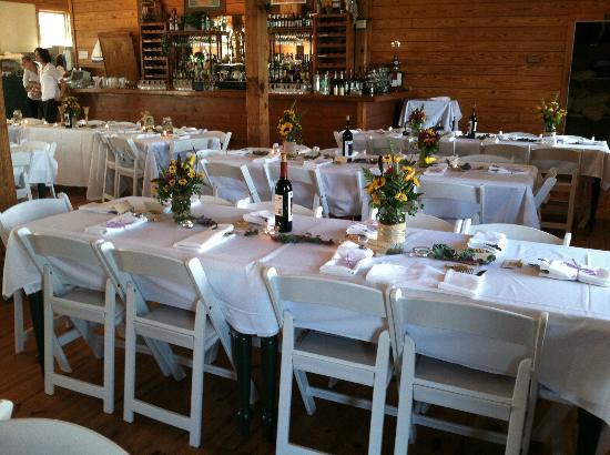 White Oak River Bistro: Interior Wedding Set Up