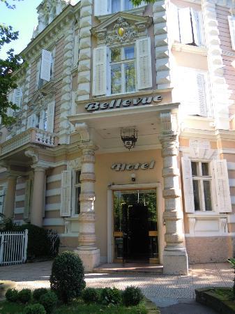 Grand Hotel Bellevue: facciata d'ingresso