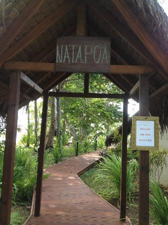 Lope Lope Lodge: Entrance to bungalow