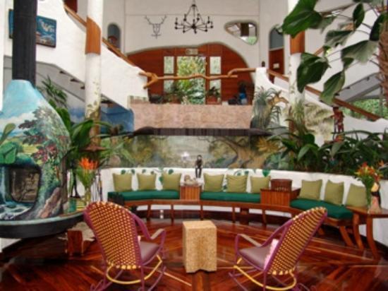 Finca Rosa Blanca Coffee Plantation Resort: the lobby of the main house (outside of La Piedra)