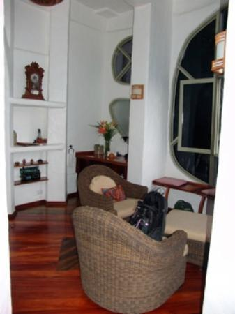 Finca Rosa Blanca Coffee Plantation & Inn : La Piedra sitting room