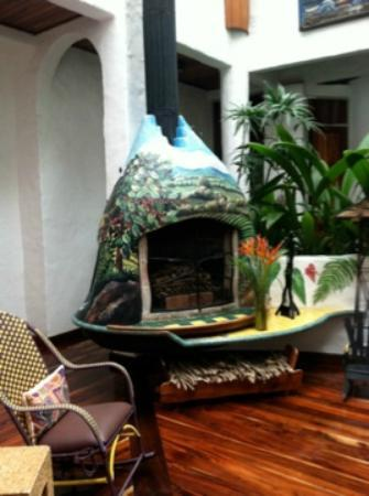 Finca Rosa Blanca Coffee Plantation & Inn: Decor at FRB