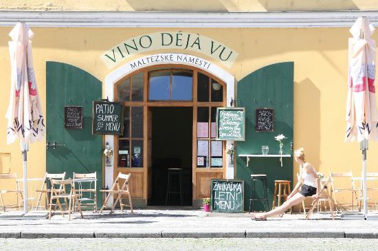 Vino deja vu : sympathique restaurant avec de très bons vins locaux