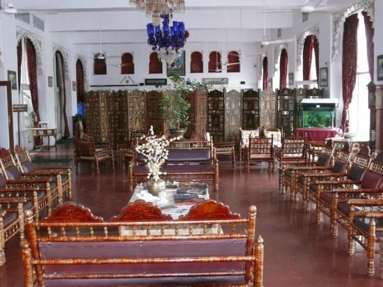 Lake Pichola Hotel: Lobby