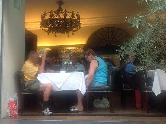 Restaurant Orpheus: they seem to enjoy