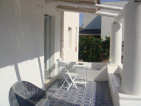il terrazzo in comune - Picture of Bed and Breakfast Da Sabina ...