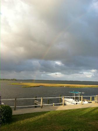 White Oak River Bistro: Rainbow over the River