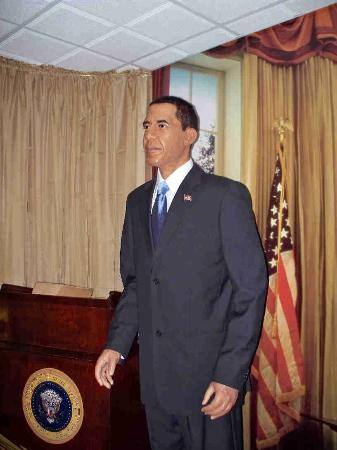 Hall of Presidents & First Ladies: President Obama at the Hall of Presidents