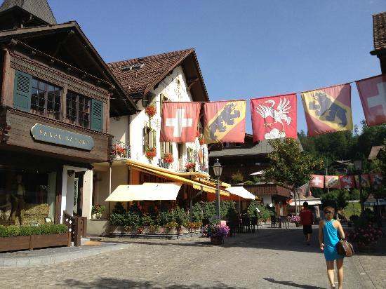 Gstaad Palace Hotel: Innenstadt