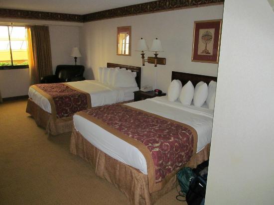 Wyndham Garden Amarillo: room #309