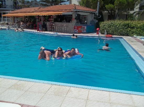 Katerina Palace Hotel: Top pool