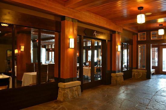 Nita Lake Lodge: Restaurante