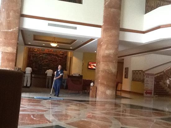 Tegucigalpa Marriott Hotel: hotel lobby